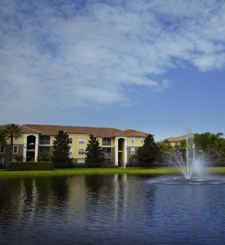 Camden World Gateway Apartments in Orlando, Florida